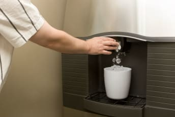 Ice machines can be found in virtually every American hotel.