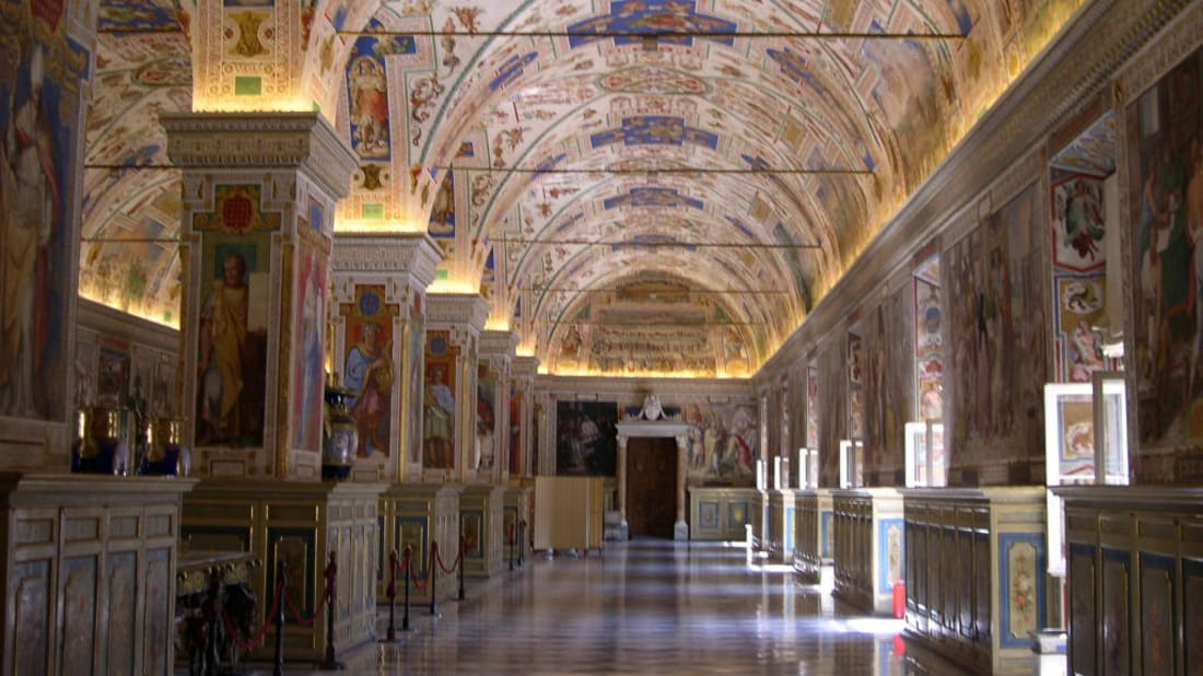 A virtual tour of the Vatican Museums lets you view its splendor without the crowds.