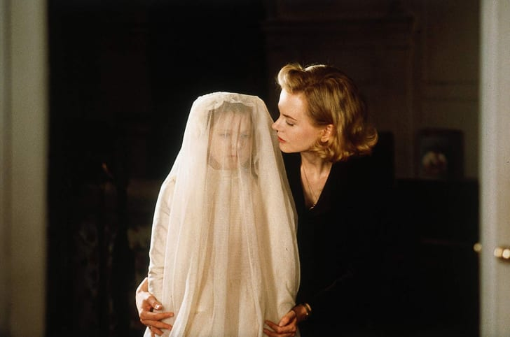 Photo of Nicole Kidman and Alakina Mann in The Others (2001)