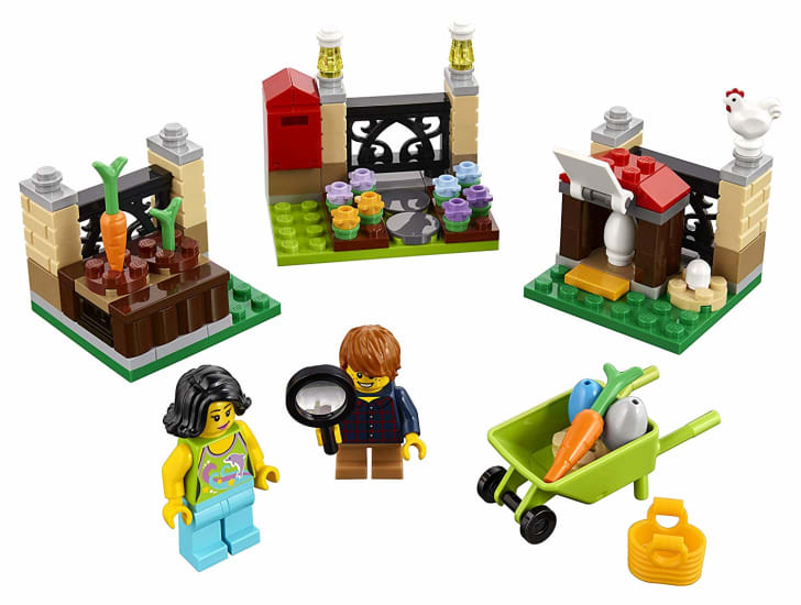 A LEGO Easter Egg Hunt set