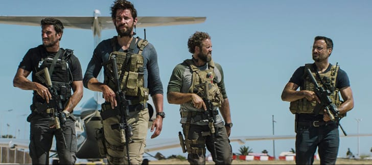 David Denman, John Krasinski, Pablo Schreiber, and Dominic Fumusa in 13 Hours (2016)
