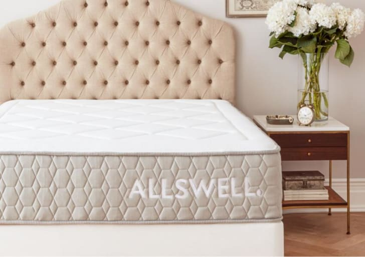 The Allswell Luxe Hybrid mattress