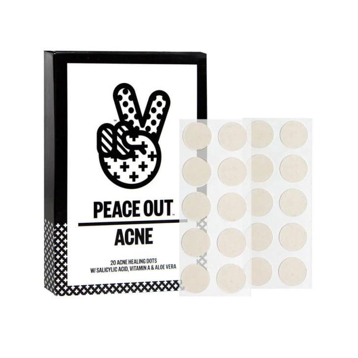 An image of Peace Out Skincare's Acne Healing Dots.