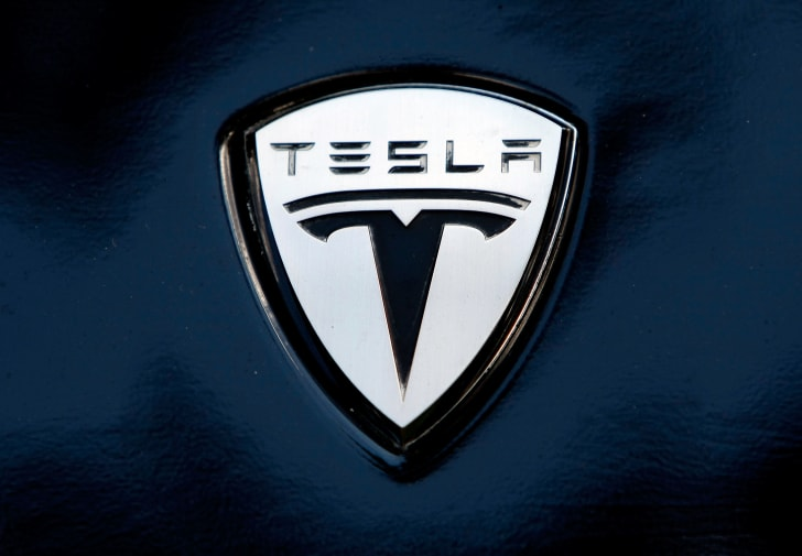 10 Things You May Not Know About Tesla Motors | Mental Floss