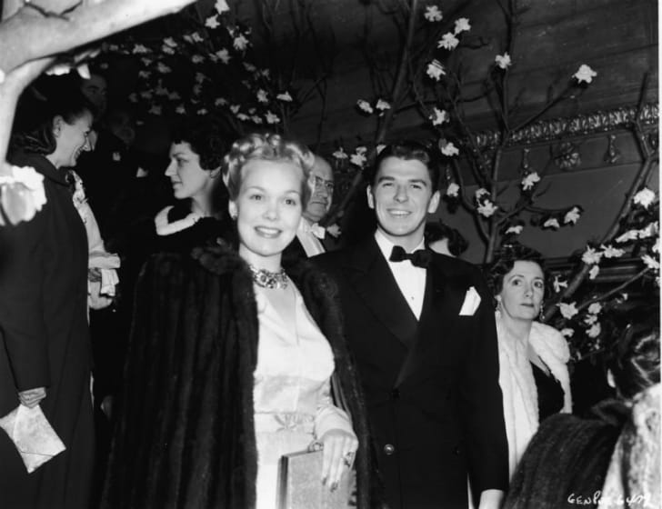 Ronald Reagan poses with first wife Jane Wyman