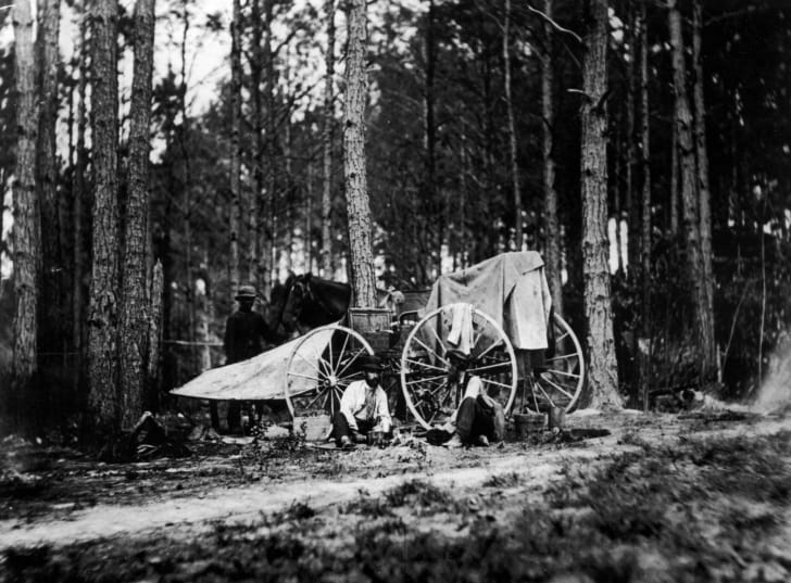 War photographer Mathew Brady's buggy was converted into a mobile darkroom and travelling studio, or, Whatizzit Wagon, during the American Civil War.