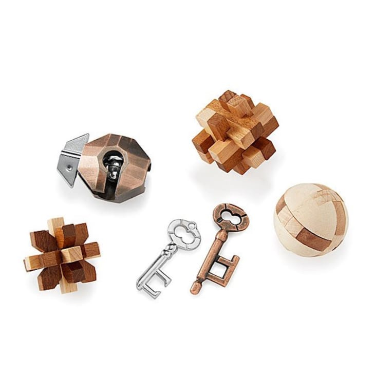 3D puzzle games made of metal and wood.