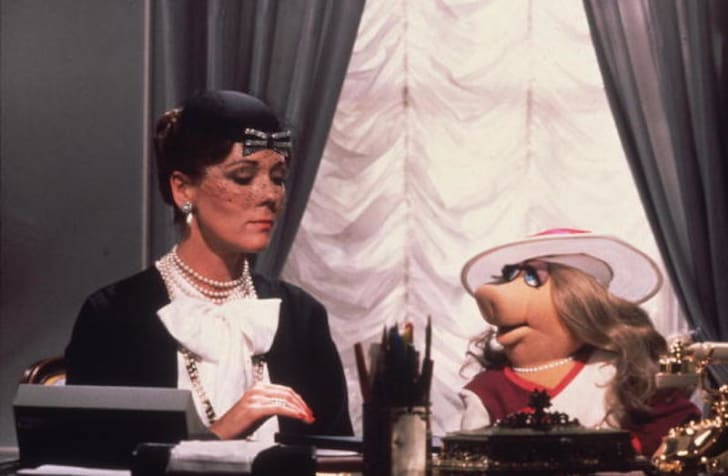 Diana Rigg and Miss Piggy in 'The Great Muppet Caper'