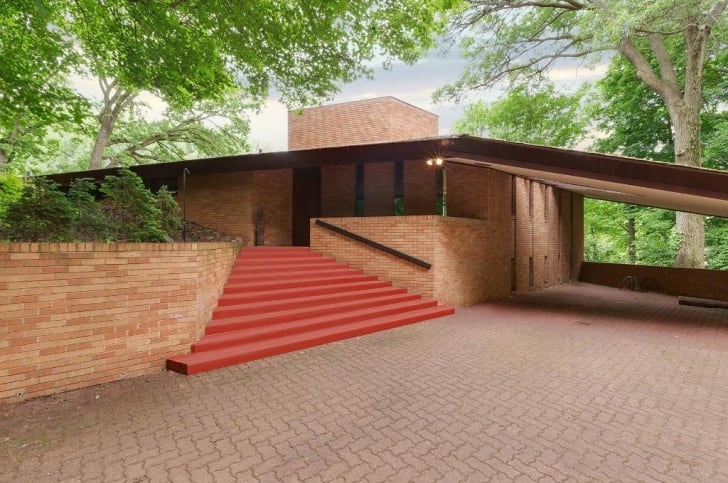 Exterior shot of the Paul Olfelt House by American architect Frank Lloyd Wright in St. Louis Park, Minnesota.