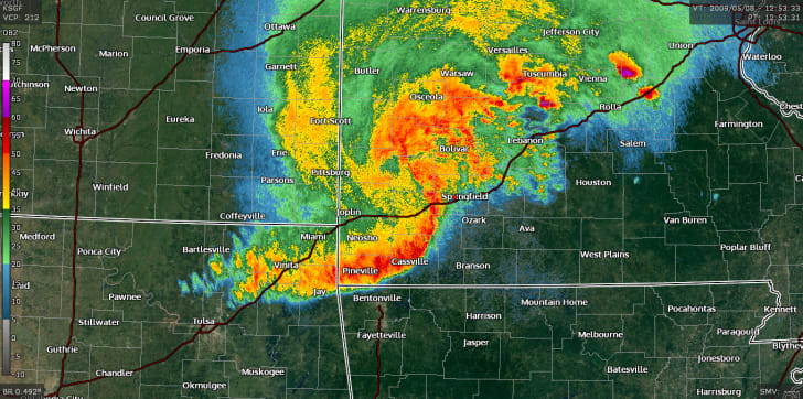 Weather radar showing a derecho, or squall line, in Missouri