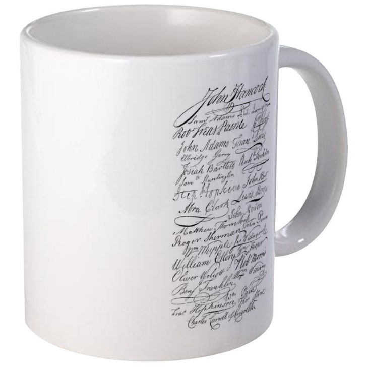 Mug decorated with the signatures from the Declaration of Independence.