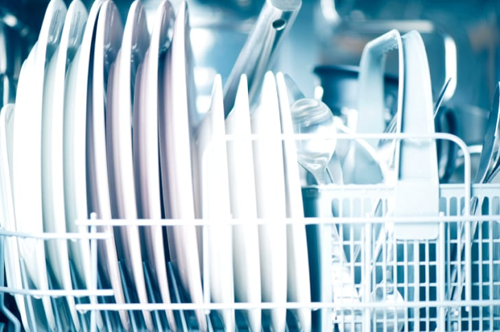 15 Life Hacks to Make Doing the Dishes a Breeze | Mental Floss