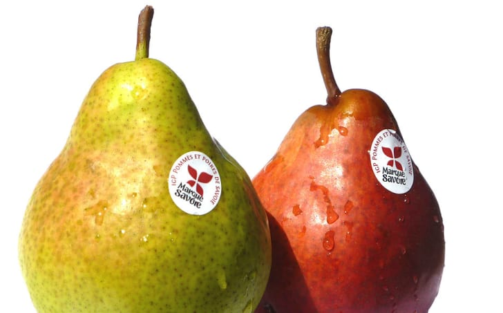 What Are Those Tiny Spots on Apples? | Mental Floss