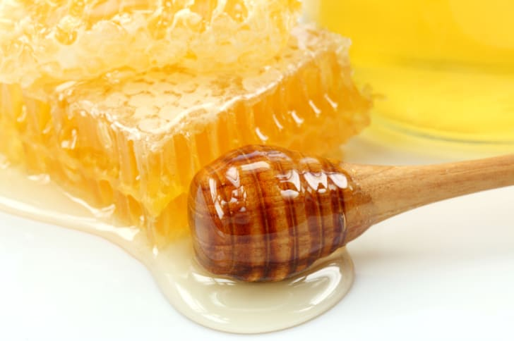 15 Honey Facts Worth Buzzing About   Mental Floss