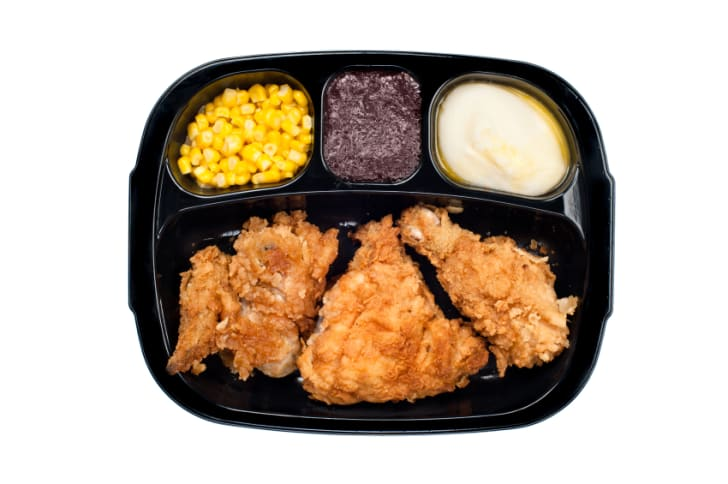 11 Ready-to-Digest Tidbits About TV Dinners | Mental Floss