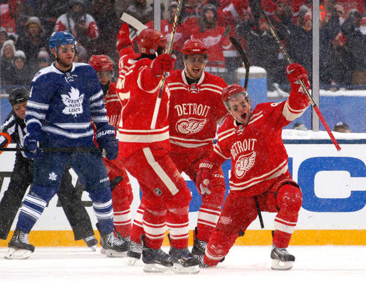 wholesale dealer 9ebef c7b40 10 Fun Photos of the NHL 2014 Winter Classic | Mental Floss