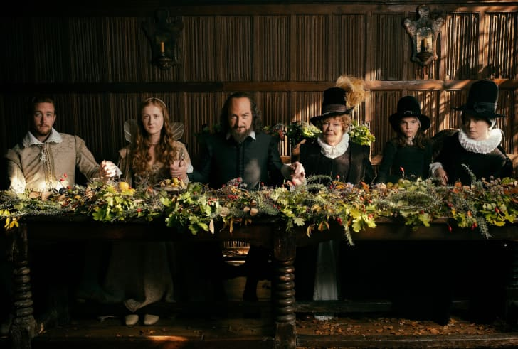 Left to right: Jack Colgrave Hirst as Tom Quiney, Kathryn Wilder as Judith Shakespeare, Kenneth Branagh as William Shakespeare, Judi Dench as Anne Hathaway, Clara Ducz- mal as Elizabeth Hall, Lydia Wilson as Susanna Hall