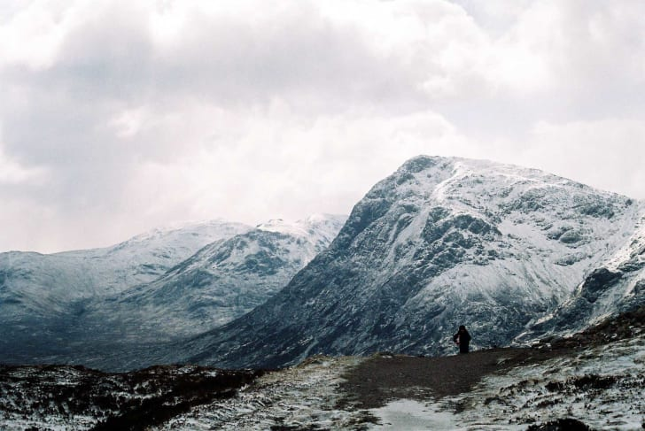 The West Highland Way in 2005, view from the summit of the Devil's Staircase looking south over the east end of Glen Coe, towards Buachaille Etive Mòr with Creise and Meall a' Bhuiridh beyond