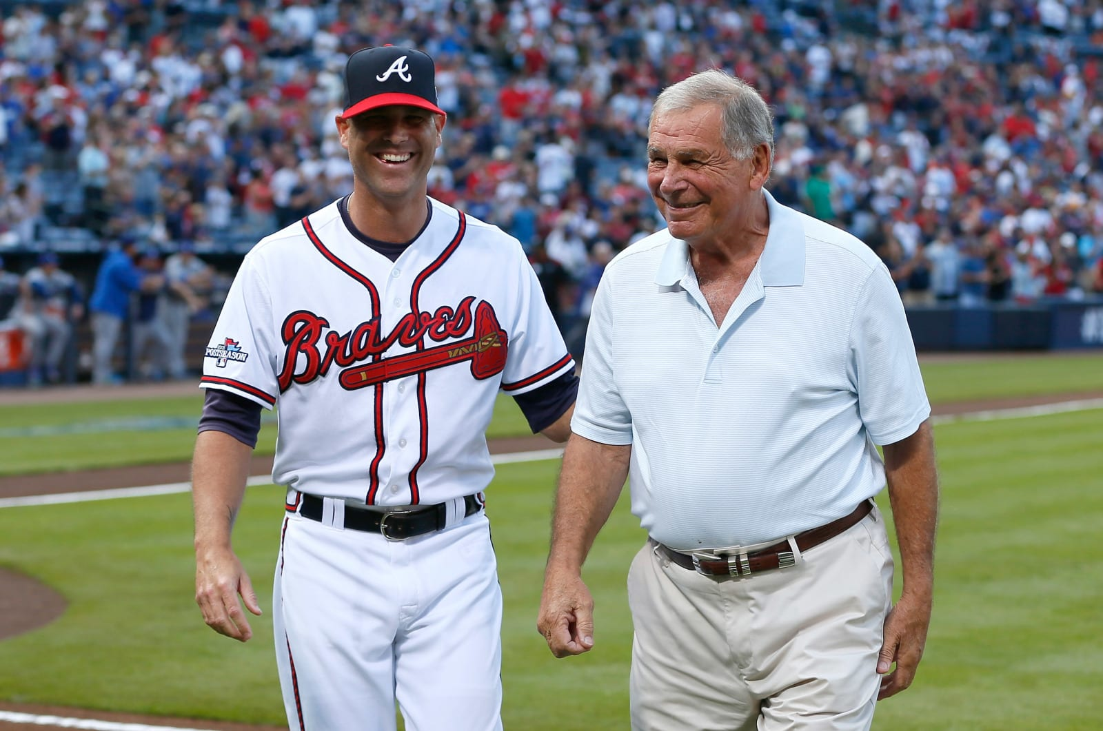 Tim Hudson with former Atlanta Braves manager Bobby Cox. (Photo by Kevin C. Cox/Getty Images)