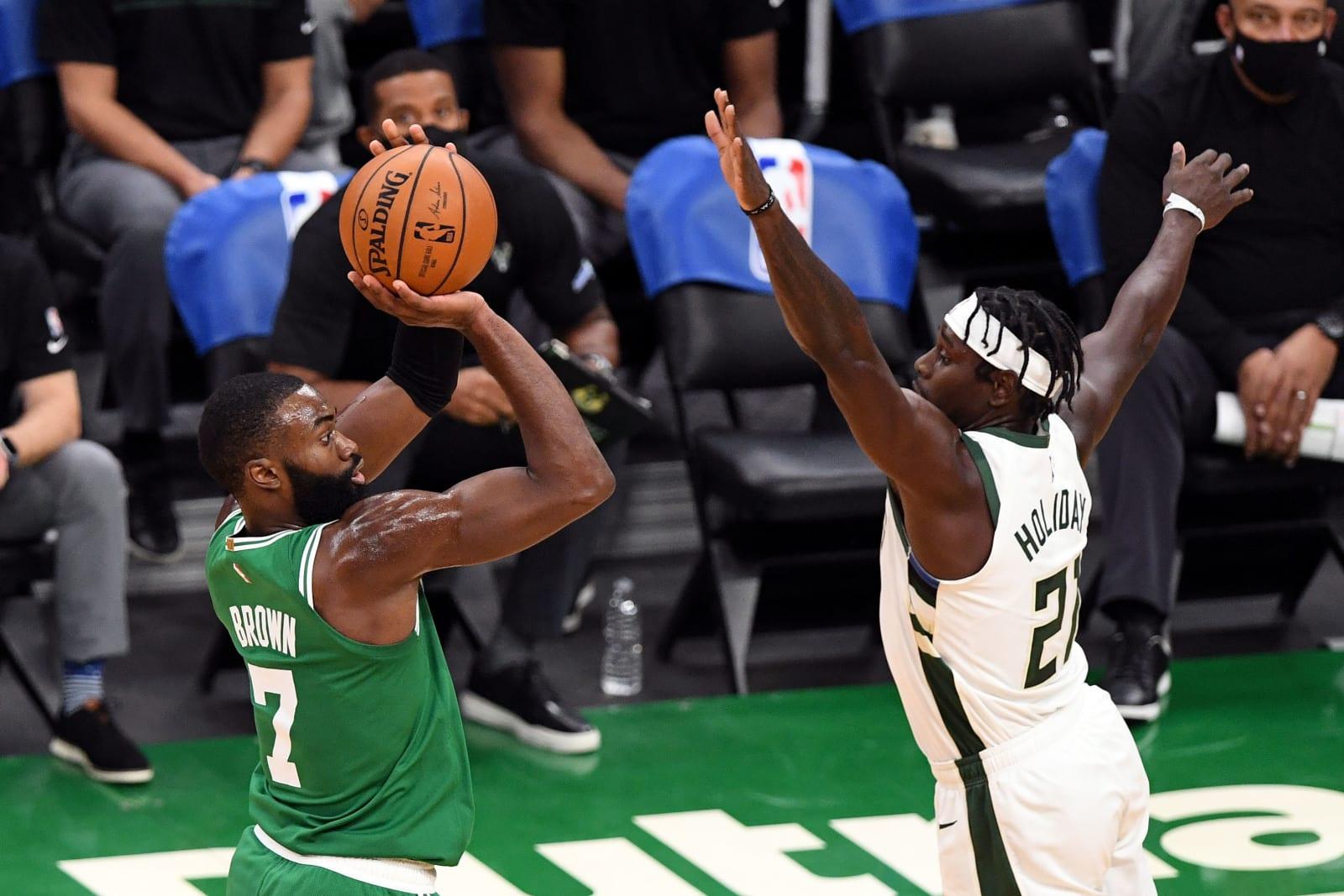 Milwaukee Bucks: 3 factors behind slide in 3-point defense