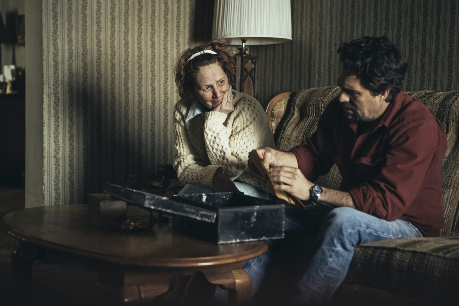 Mark Ruffalo and Melissa Leo in Episode 1 of I Know This Much Is True