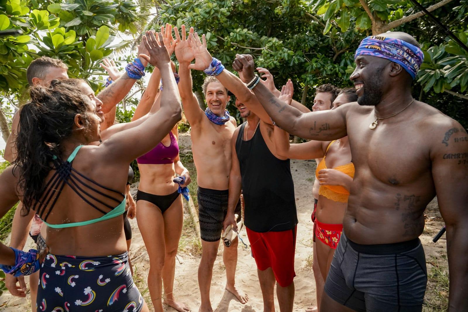 Sele Tribe high five Survivor Winners at War episode 1