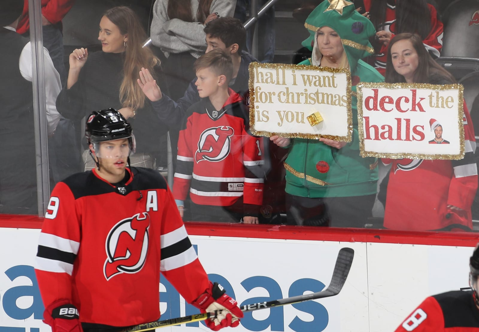 Taylor Hall (9), New Jersey Devils