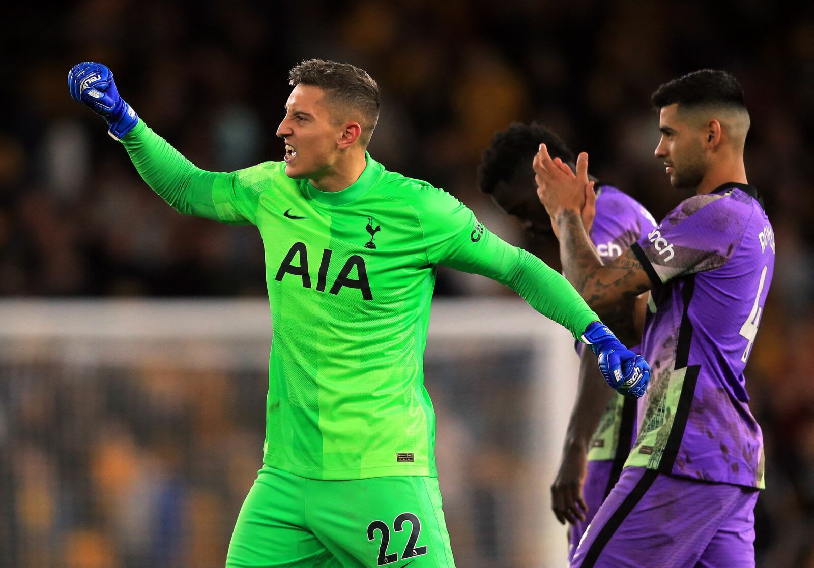 Tottenham Hotspur's Italian goalkeeper Pierluigi Gollini celebrates after a penalty shoot out during the English League Cup third round football match between Wolverhampton Wanderers and Tottenham Hotspur at the Molineux stadium in Wolverhampton, central England on September