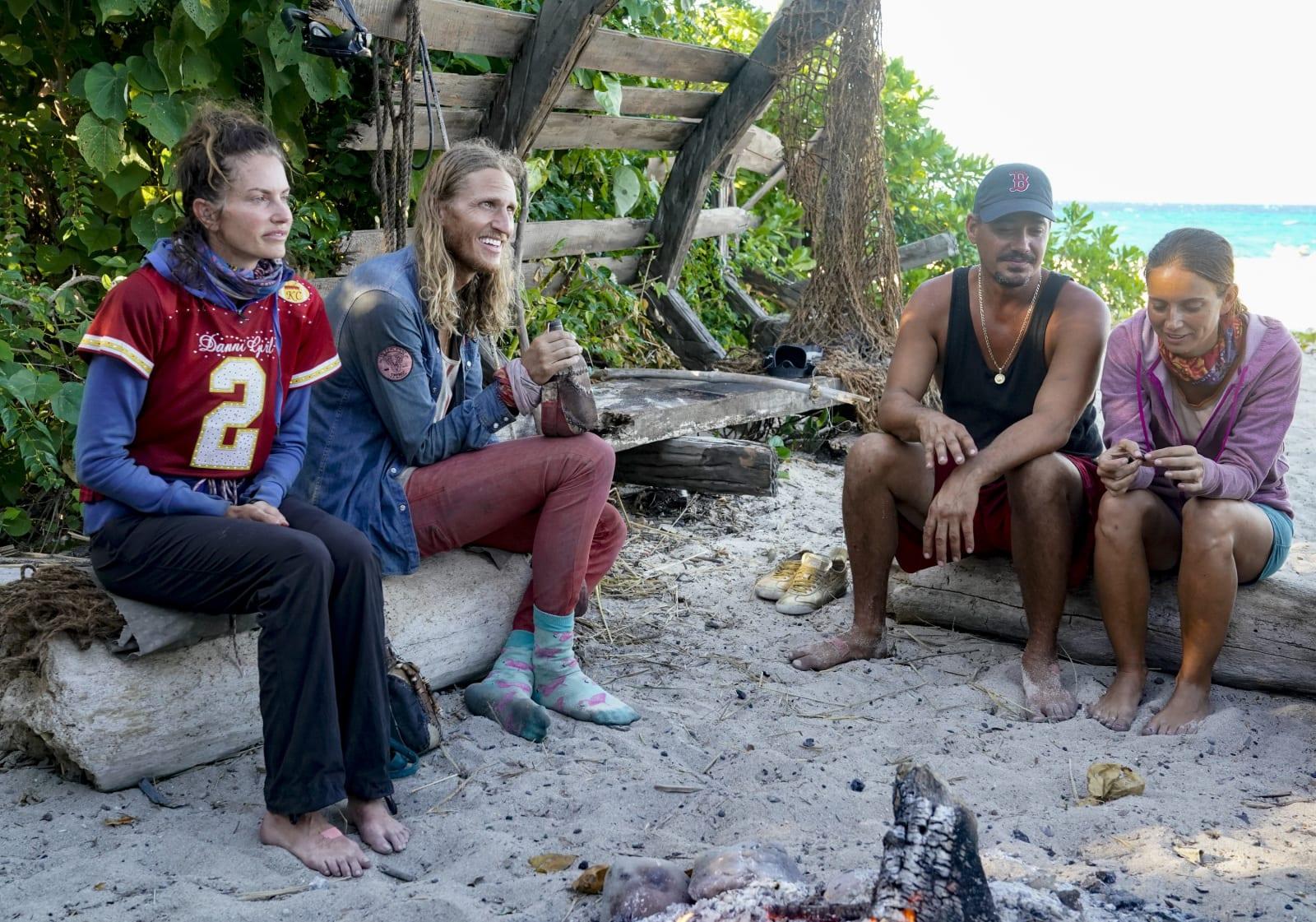 Edge of Extinction Survivor Winners at War episode 7
