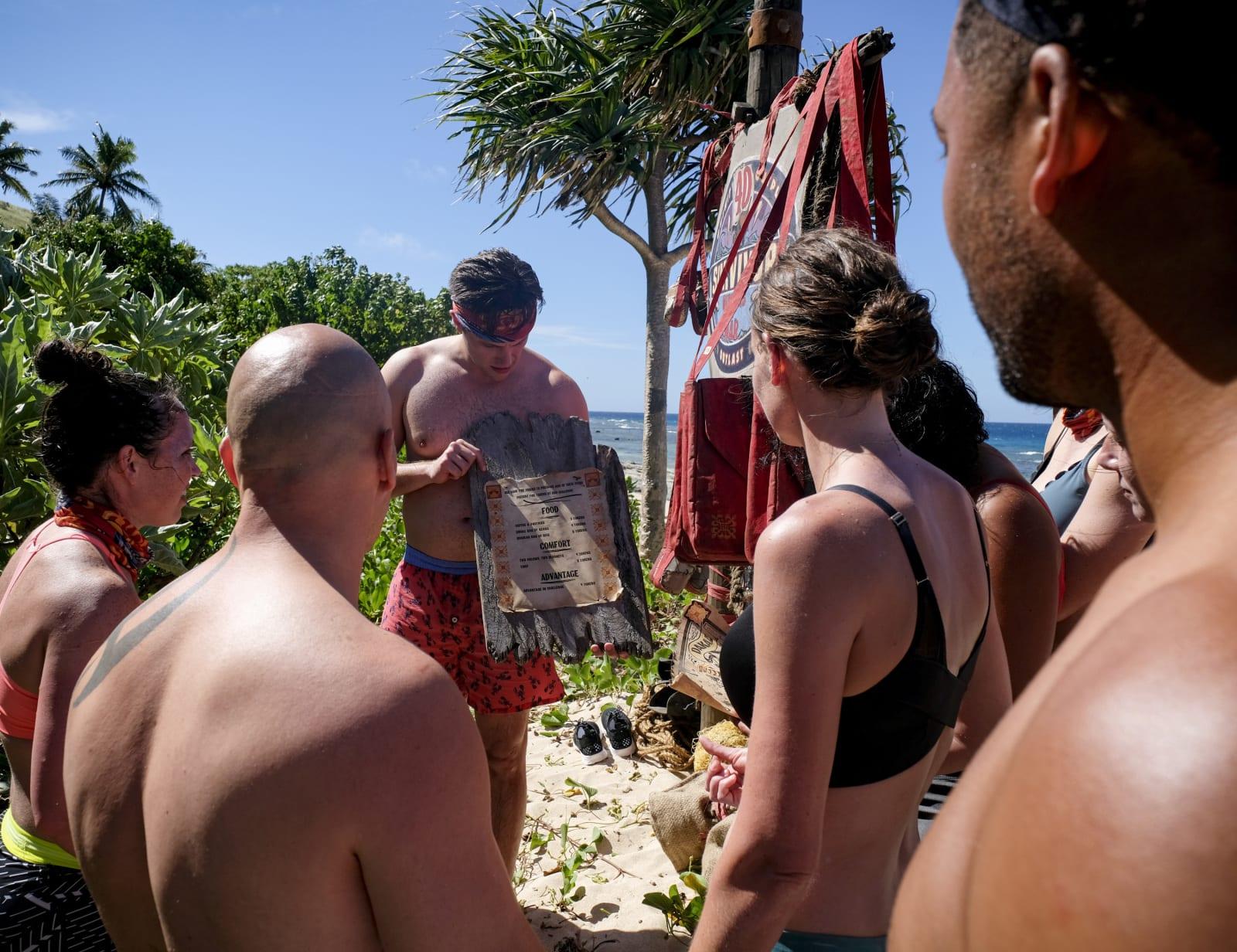 Fire Token Menu Dakal Tribe Survivor Winners at War episode 1