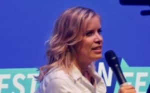Actor Kim Dickens at the Fear The Walking Dead Panel at Fan Fest Nashville Photo credit: Tracey Phillipps