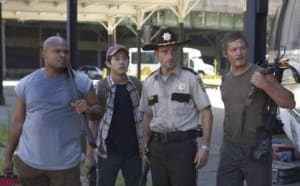 The Walking Dead 104. Andrew Lincoln, Norman Reedus, Steven Yeun and IronE Singleton. Photo: AMC