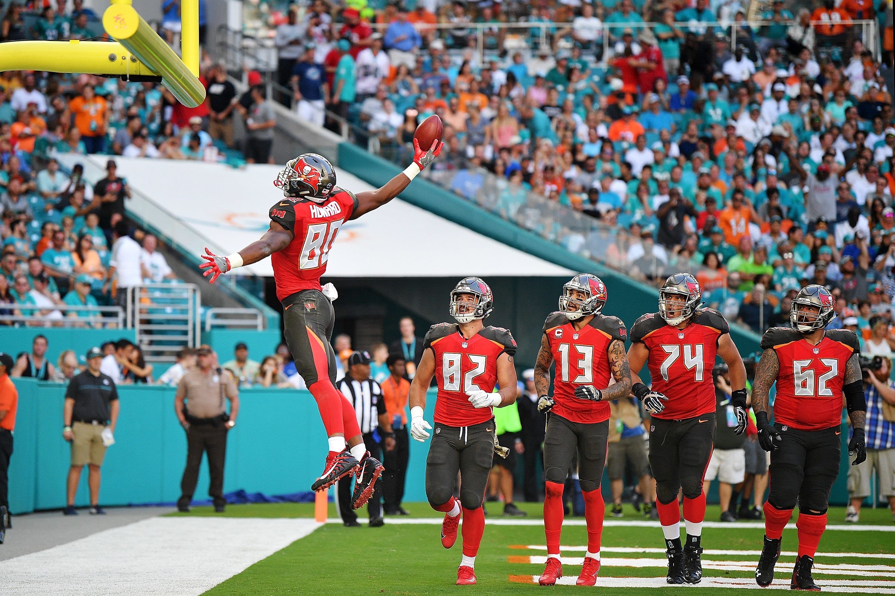 Buccaneers Pick Six Bucs Falter In Second Half Hold On To Beat Phins