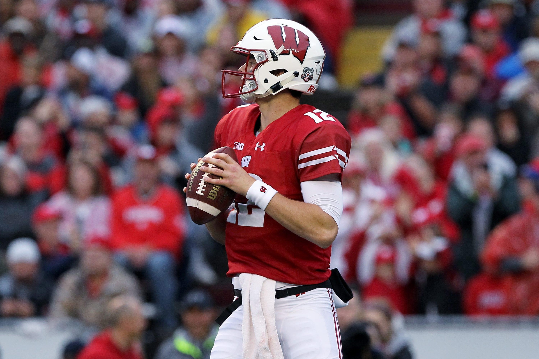 Wisconsin Football Fixing Badger QB Alex Hornibrook