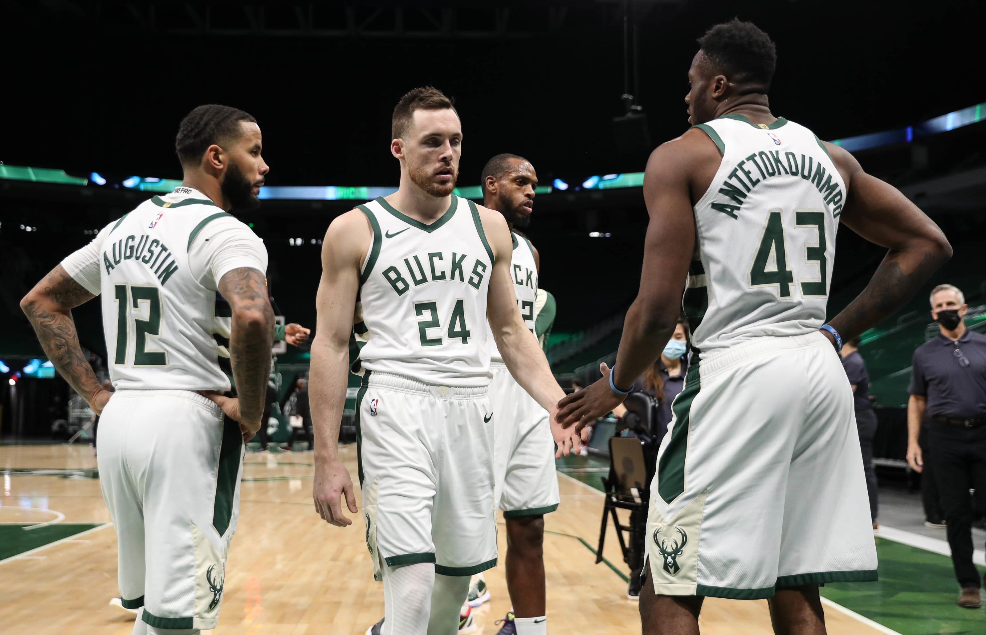 Milwaukee Bucks: D.J. Augustin, Pat Connaughton, Khris Middleton, Thanasis Antetokounmpo