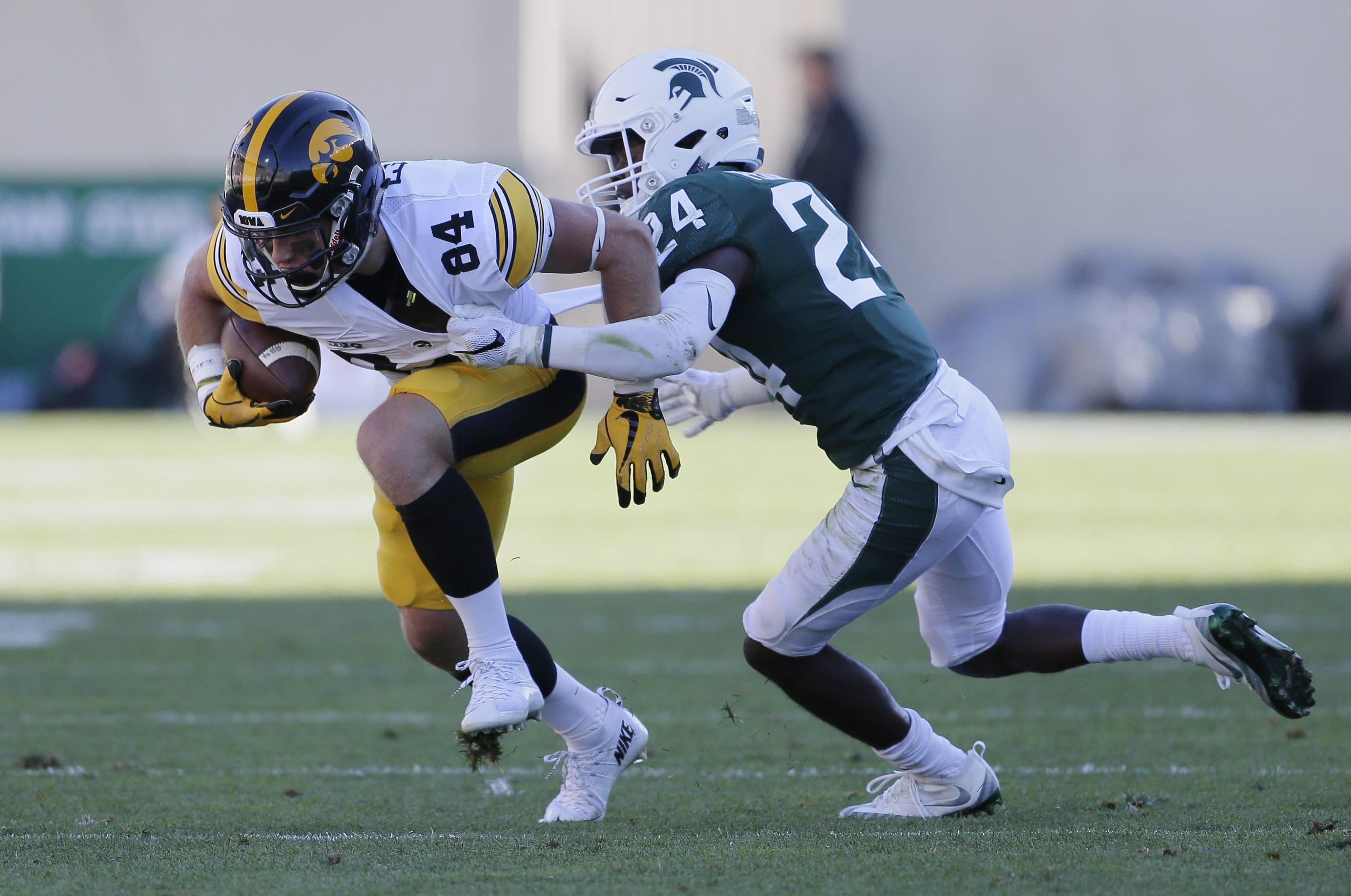 Iowa Football Iowa Western Reivers Becoming Talent Pool For Hawkeyes