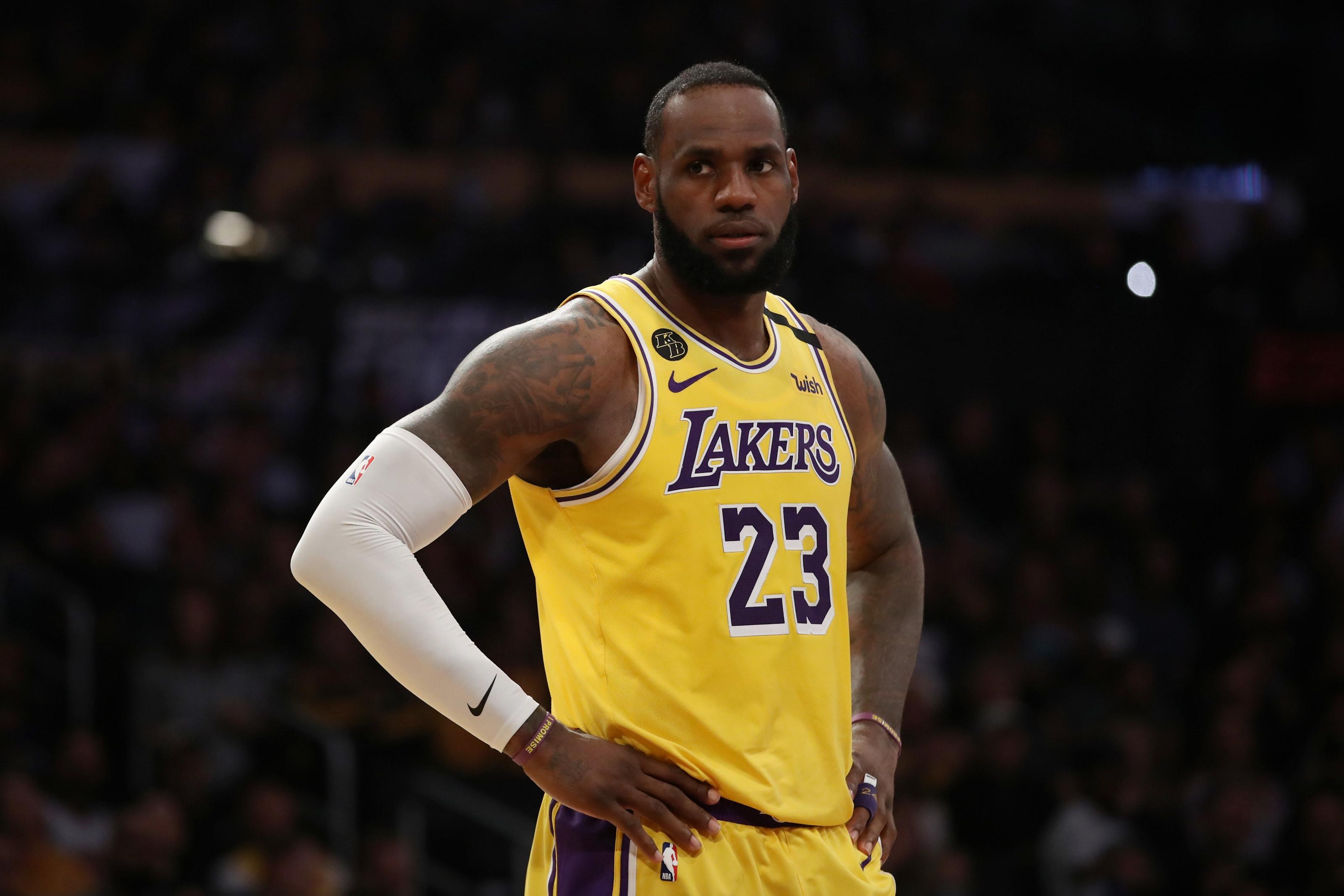 LeBron James' 10 best performances of