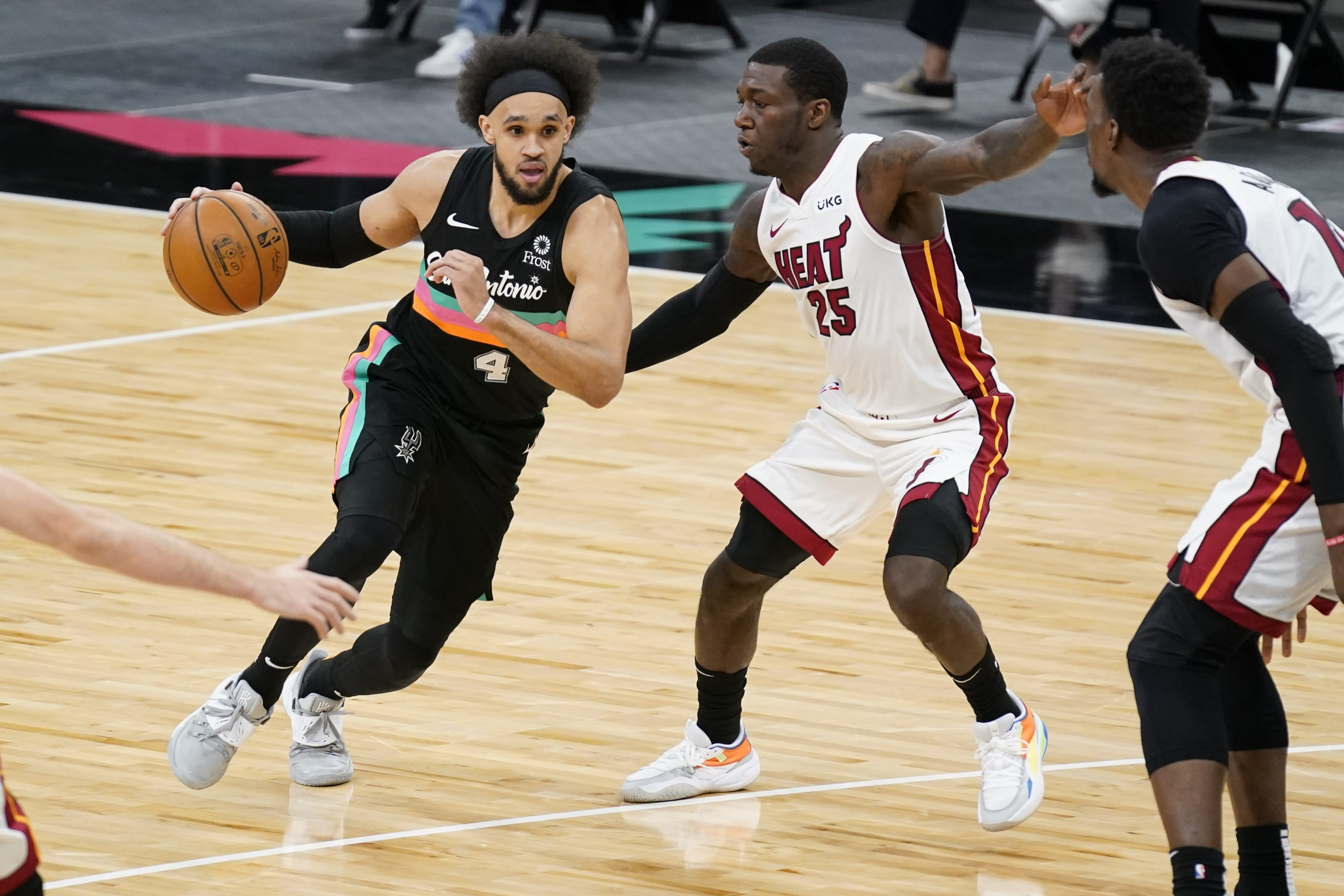 San Antonio Spurs: 3 Things that stood out in Spurs loss to Miami Heat