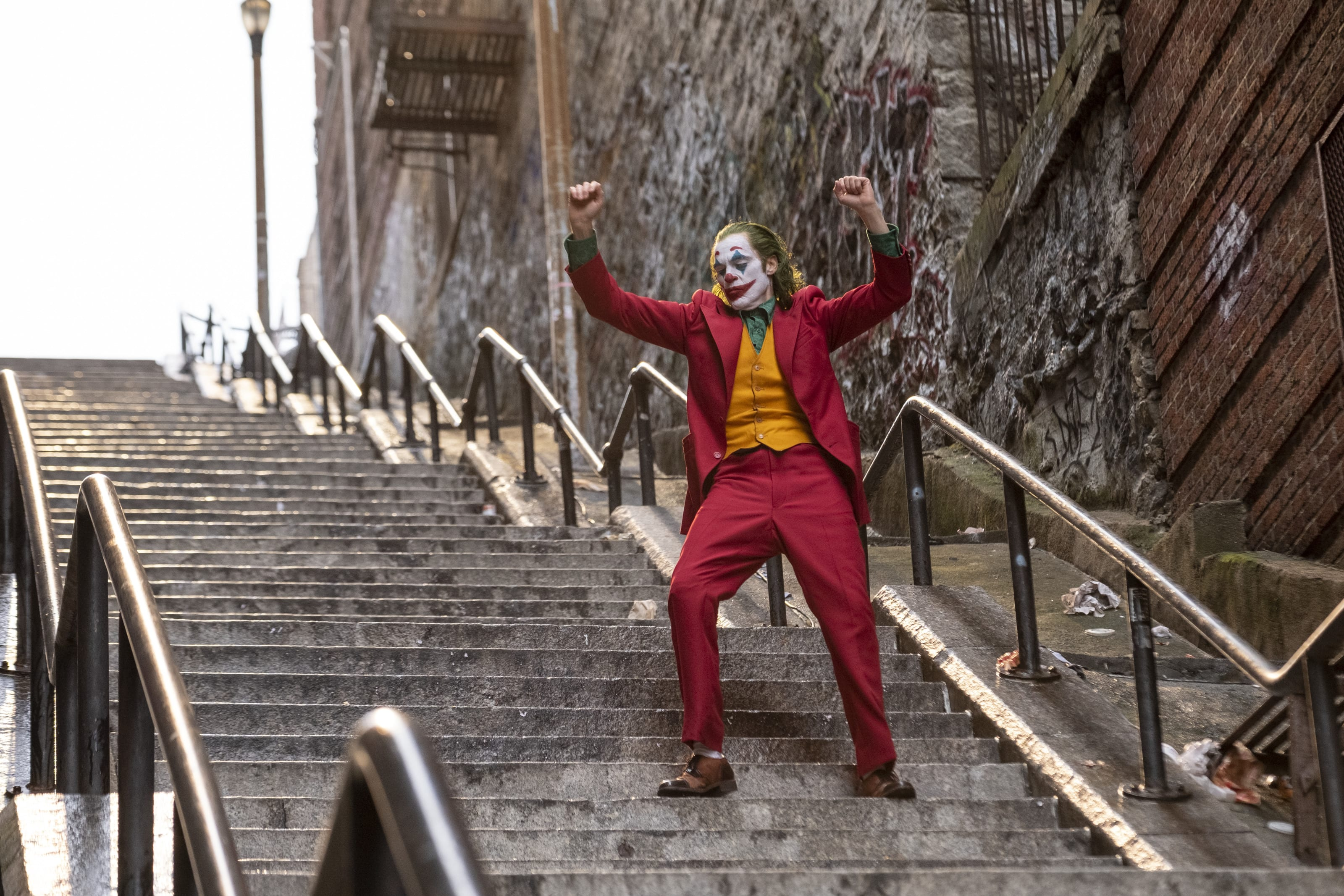 """JOAQUIN PHOENIX as Arthur Fleck in Warner Bros. Pictures, Village Roadshow Pictures and BRON Creative's tragedy """"JOKER,"""" a Warner Bros. Pictures release."""