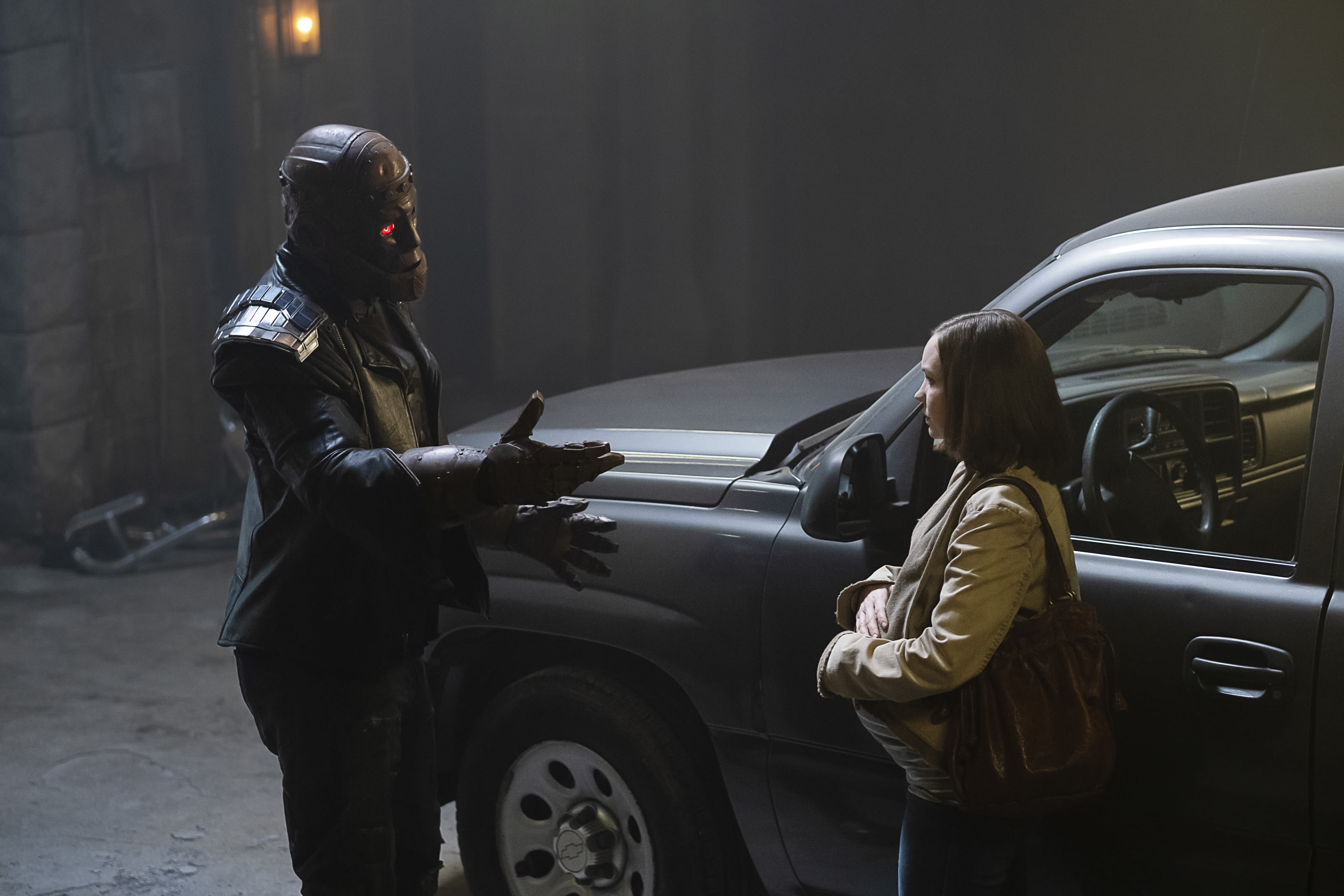 Cliff Steele and his daughter Clara in Doom Patrol Season 2, Episode 8