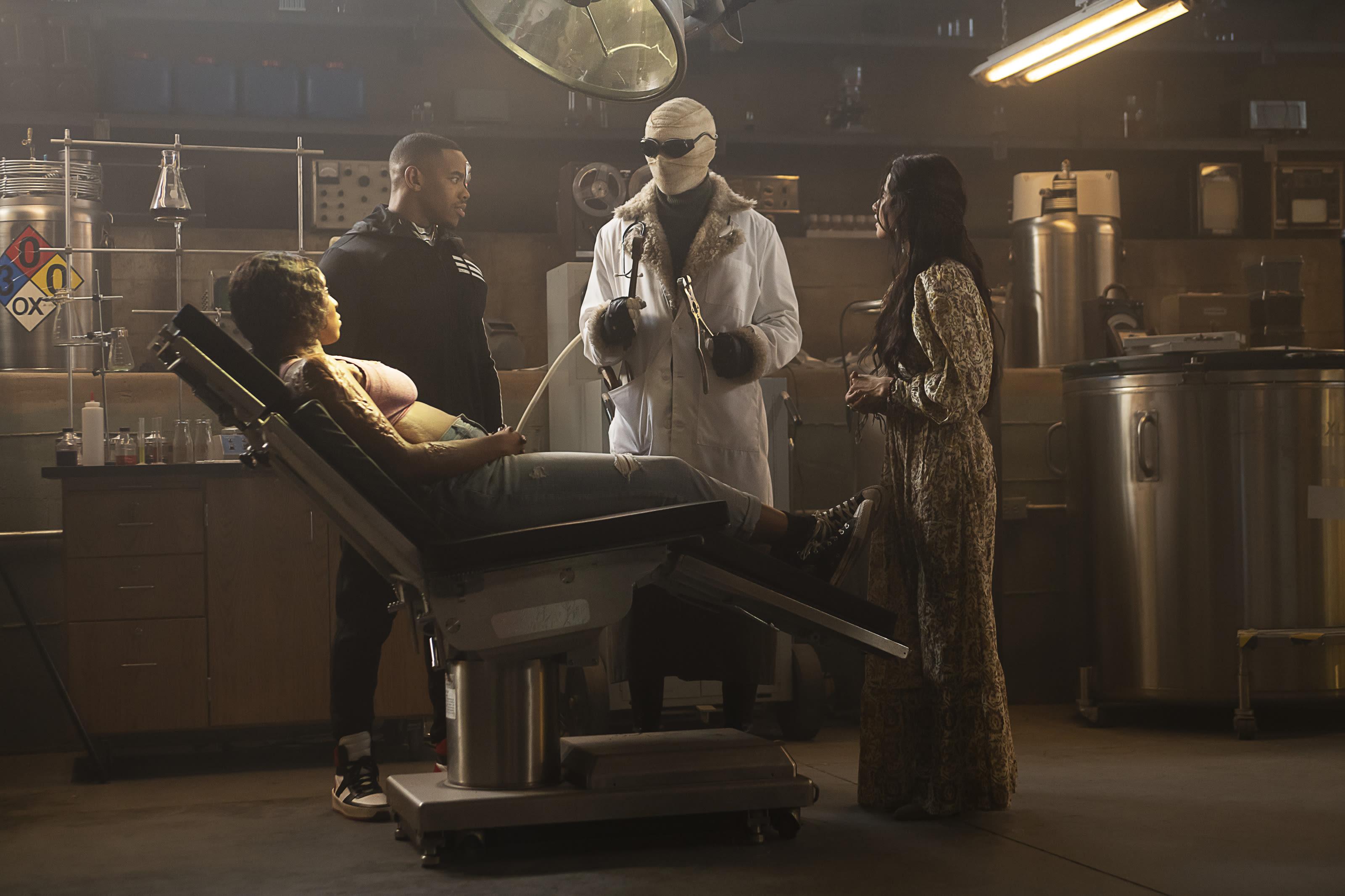 Doom Patrol Season 2 Episode 7 Recap It Said Don T Open The Box