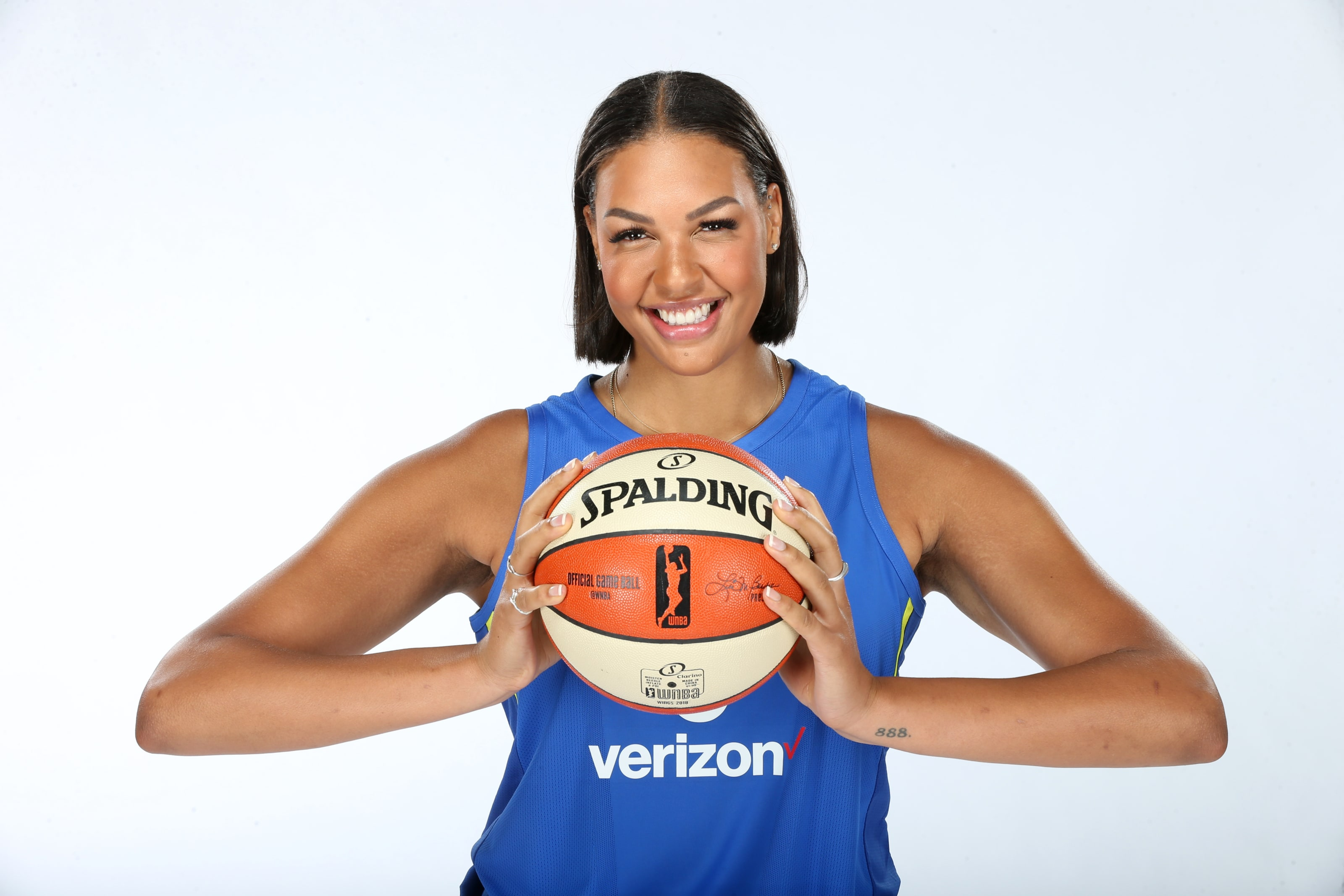 WNBA news: Five Liz Cambage trade ideas from our staff