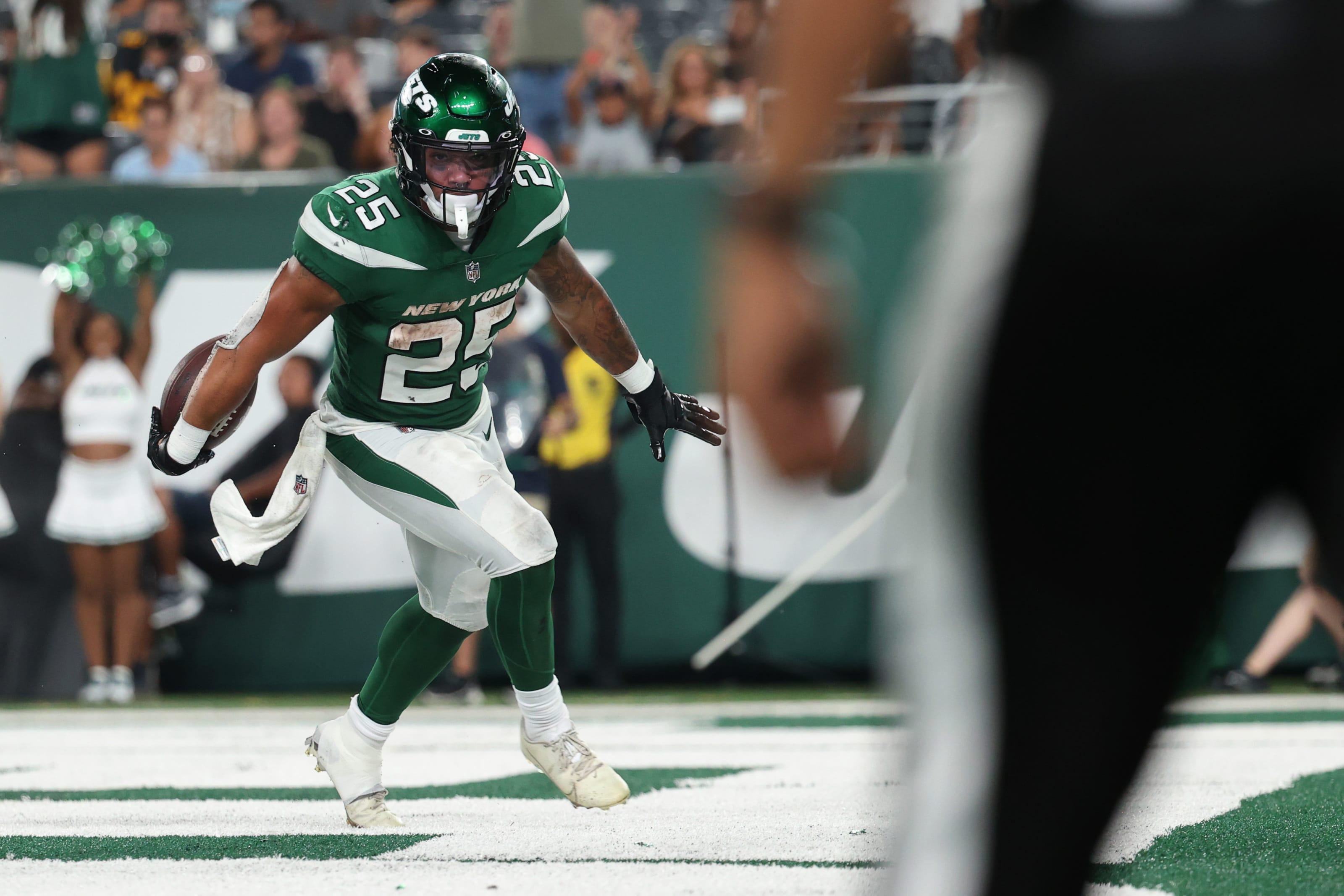 https%3A%2F%2Ffansided.com%2Fwp content%2Fuploads%2Fgetty images%2F2018%2F08%2F1336800895 5 breakout fantasy football stars to pick up for Week 1