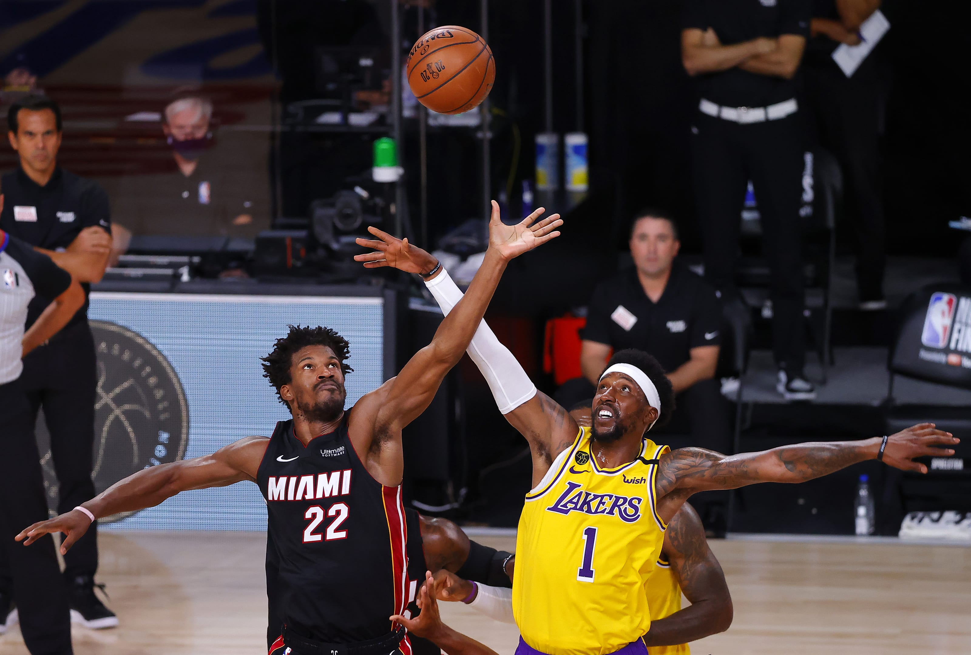 Nba Finals 3 Takeaways As The Los Angeles Lakers Dominate Game 1