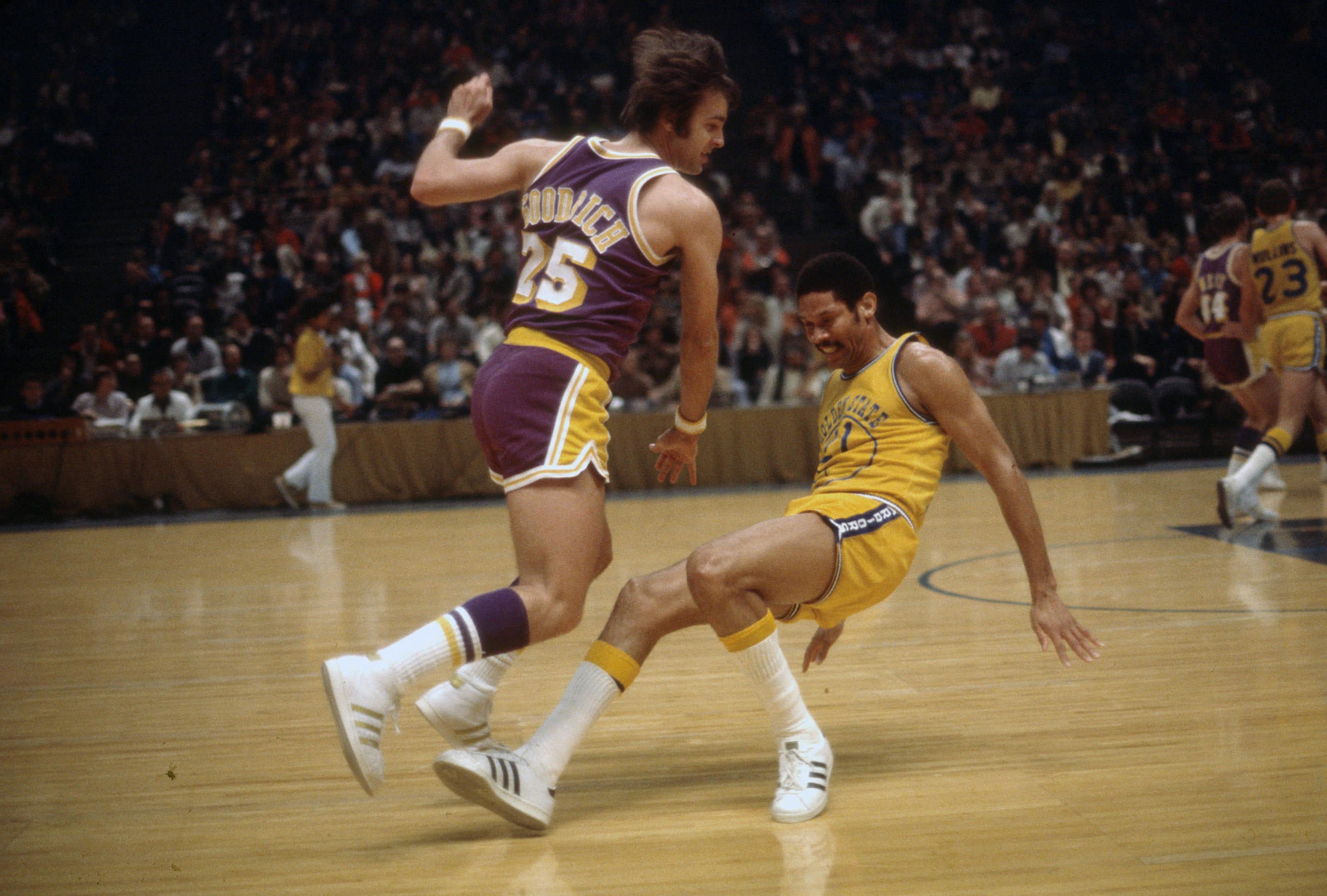 Los Angeles Lakers: 10 best shooting guards in team history - Page 10