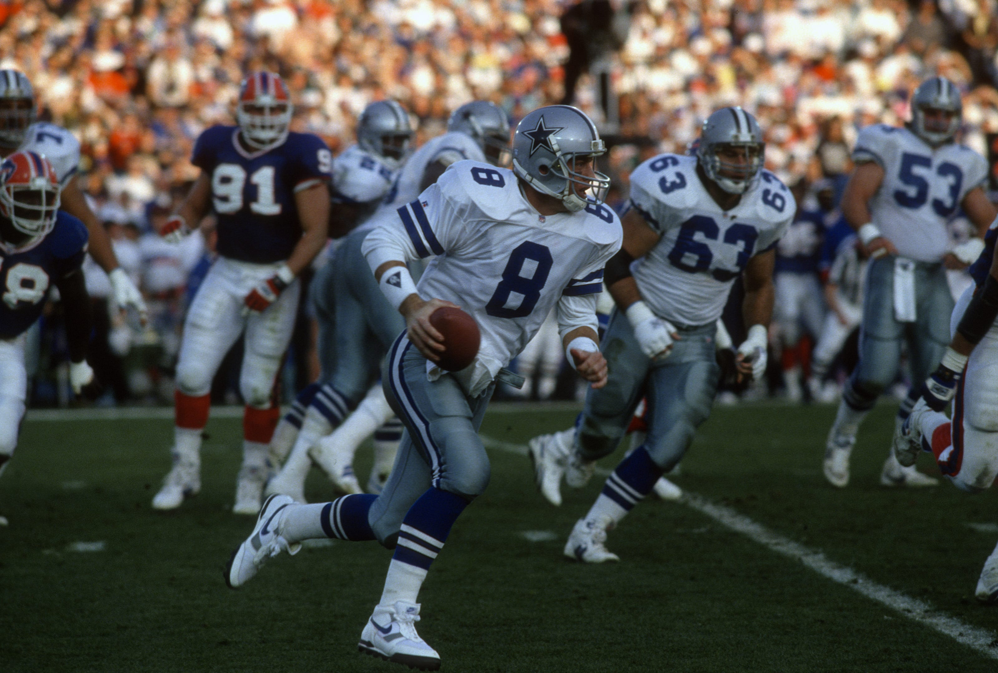 Troy Aikman #8 of the Dallas Cowboys