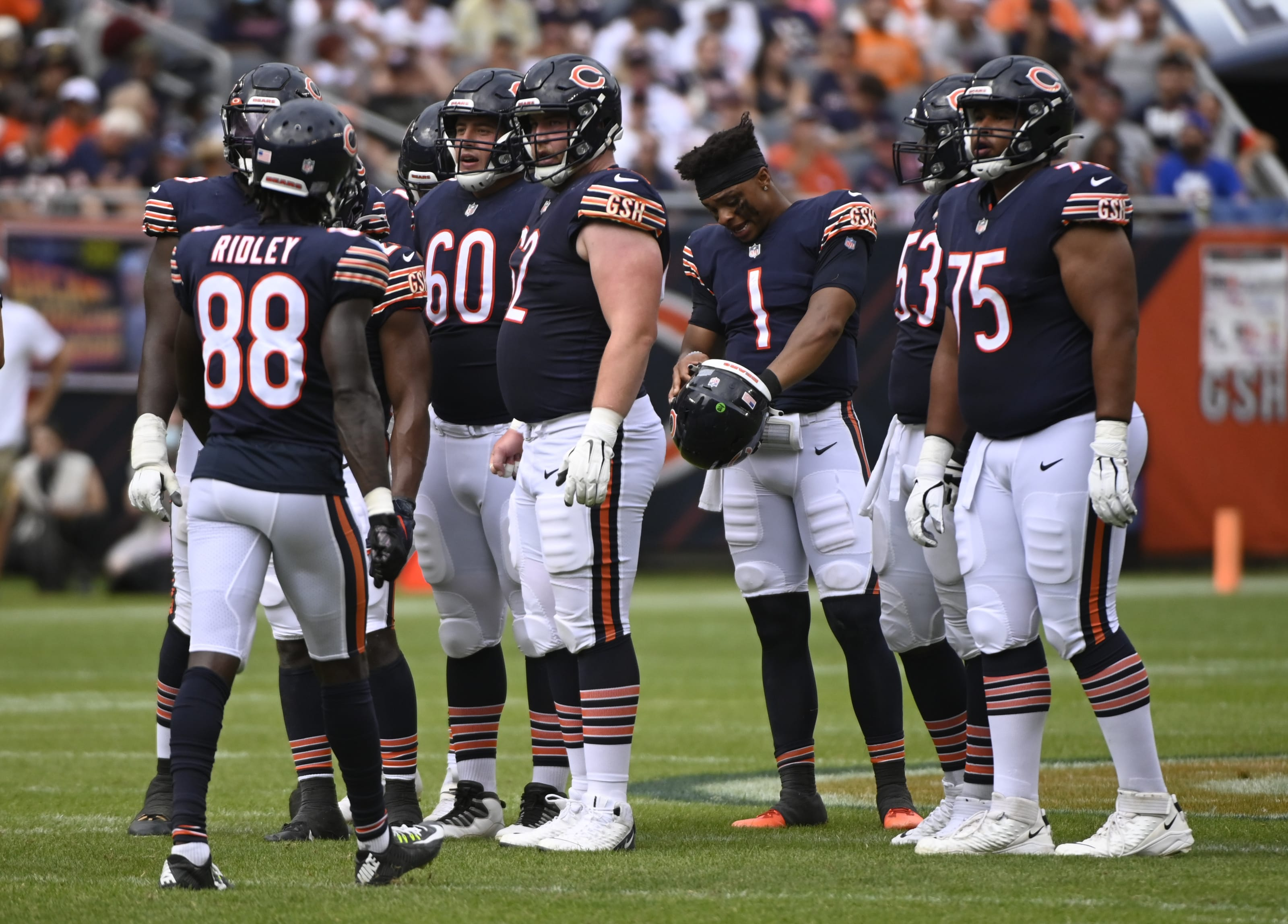 Chicago Bears: 3 Potential surprise roster cuts before today's deadline