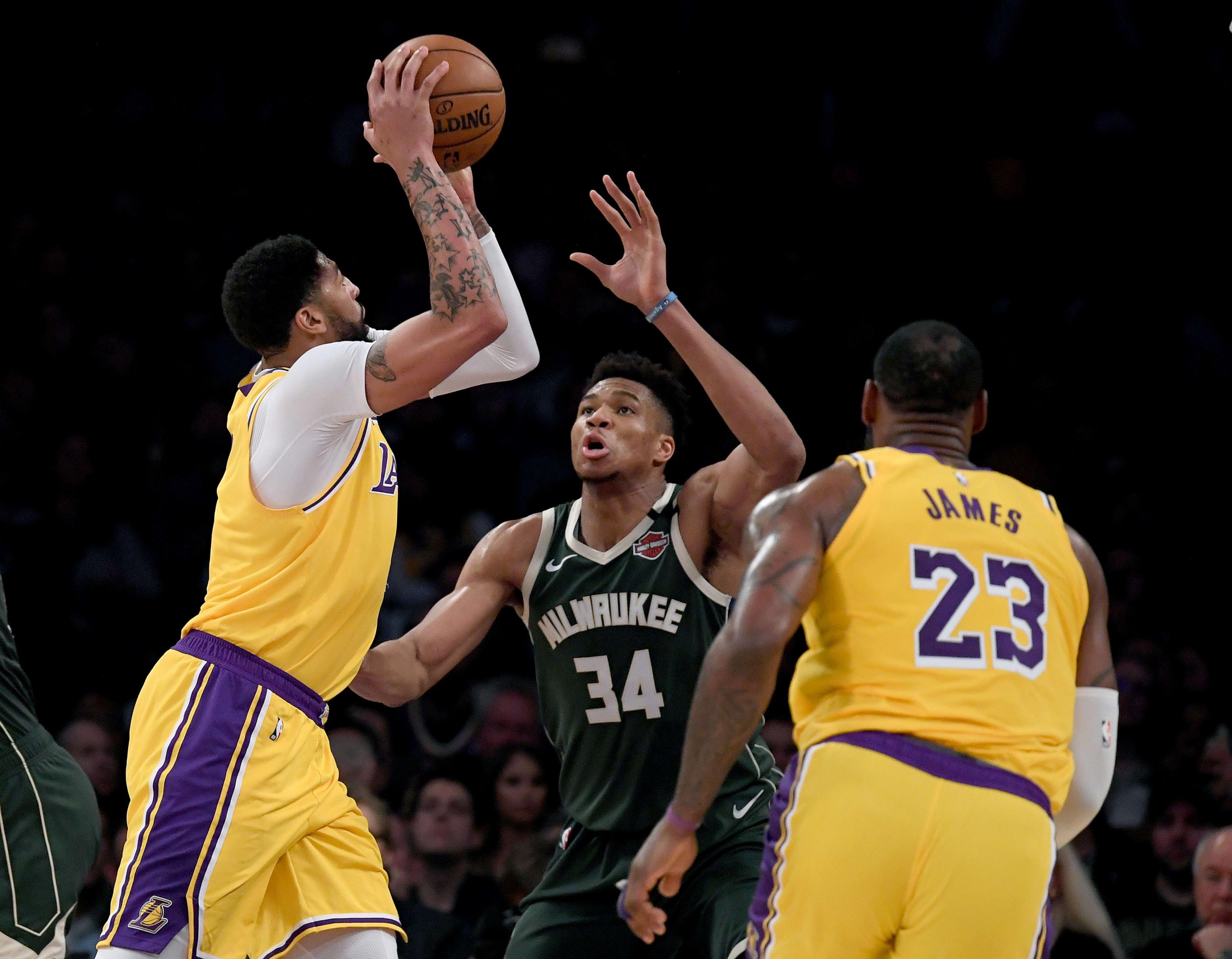 Los Angeles Lakers Milwaukee Bucks