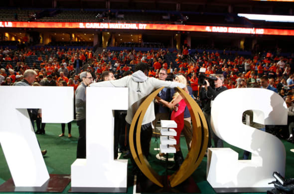 College Football: ESPN Capital One Bowl Mania 2017 picks!