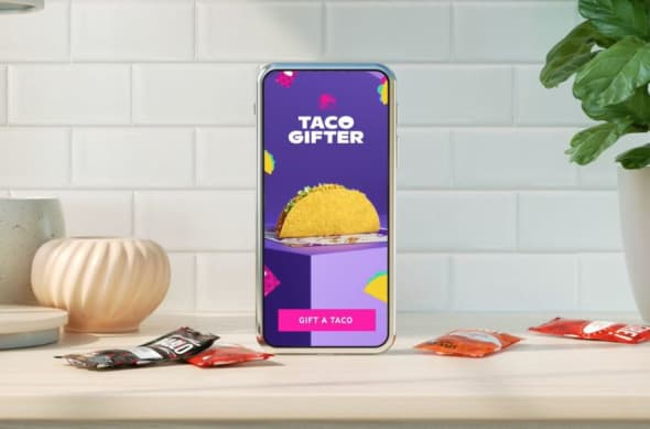 Taco Gifter, Taco Bell